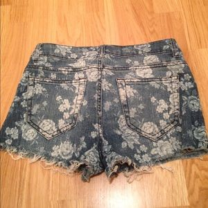 Forever 21 floral print denim shorts