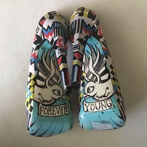 Taylor Says Shoes - Taylor Swift limited edition 'Forever Young' Heels