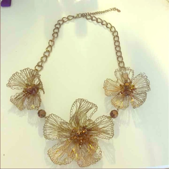 Jewelry Stunning Gold Wire Flower Necklace Poshmark