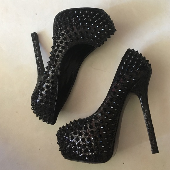 Steve Madden Shoes - Steve Madden Black Metal Spiked Heel