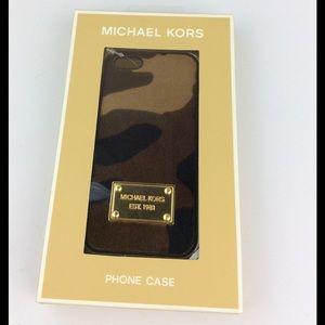 Michael Kors 5/5s IPhone case. Authentic