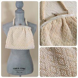 Vintage cream beaded handbag!