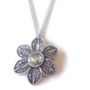 Hand Crafted Pendant Flower Necklace Rhinestone