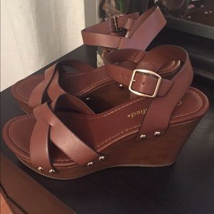 Shoes - Brown sandals size 8 brand new