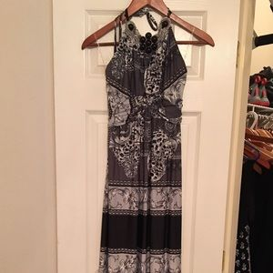 Dresses & Skirts - NWT maxi dress