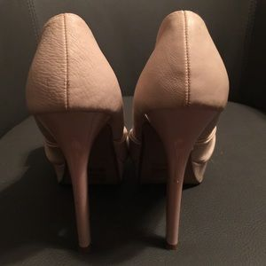 JustFab Shoes - Pale pink heels