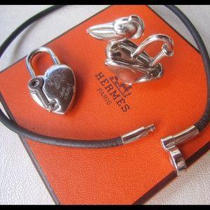Hermes Jewelry - Auth. Hermes Pelican and Heart Cadena Pendant