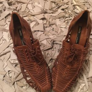 Miista Shoes - $20 MIISTA SHOES