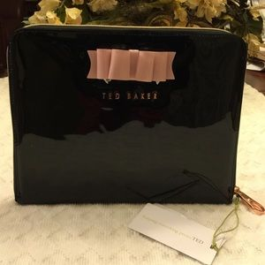**TED BAKER**New IPad Case