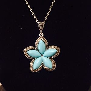 Jewelry - Turquoise flower necklace, bracelet, earrings set
