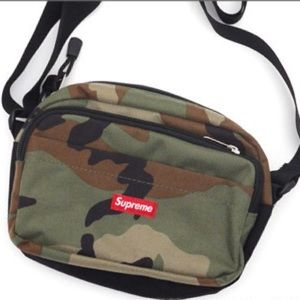 Supreme Handbags - Supreme Woodland Camo Gym Pouch