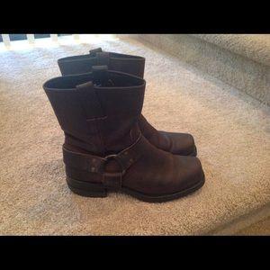 Frye Shoes - FRYE 8R Harness Boots