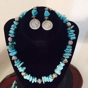 Jewelry - Fashion jewelry set in turquoise silver color 🌺