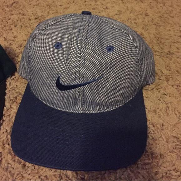 vintage Nike snapback strap Velcro dad hat. M 57effa9f6802784a8d073d5a ff59a20b60f9