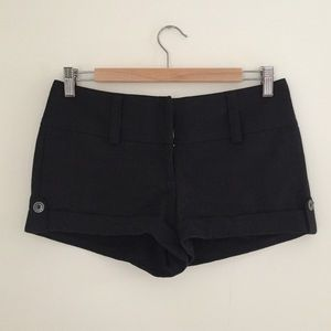 Guess Pants - Guess Black Shorts