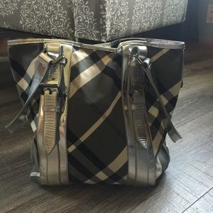 Burberry Handbags - Authentic Burberry Beat Check Victoria Tote Bag
