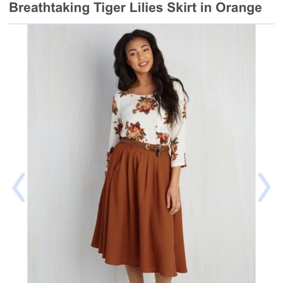 688635717 NEW Modcloth Tiger Lilies Skirt in Rust. M_57db212e8f0fc4bfa000eb6f