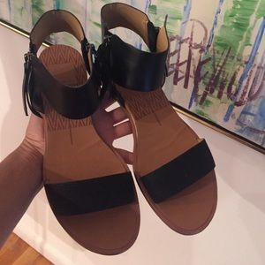Size 6 dolce vita sandals