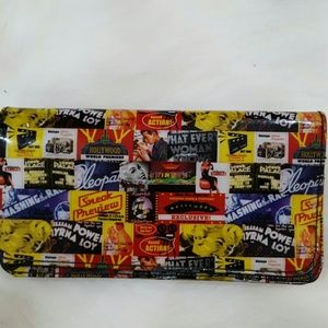 Handbags - Vintage Hollywood patent leather clutch