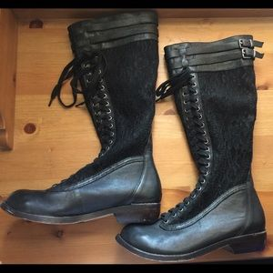 Creative recreation lace boots