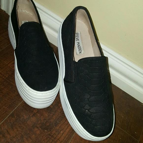 8379d5845ca Steve Madden Snakeskin Bellie Platform Sneakers.  M 57db3b23b4188e03c301b21c. Other Shoes ...
