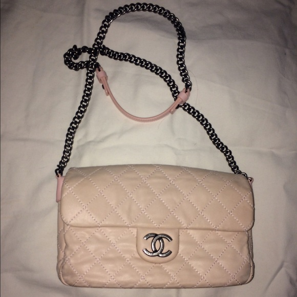 883e816d36cb8f CHANEL Handbags - Pink Chanel Bag with Crossbody Chain