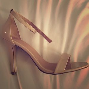Shoes - Strappy nude heels