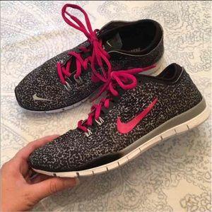 Nike Shoes - Nike 5.0's