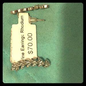 Brand new sliver earrings