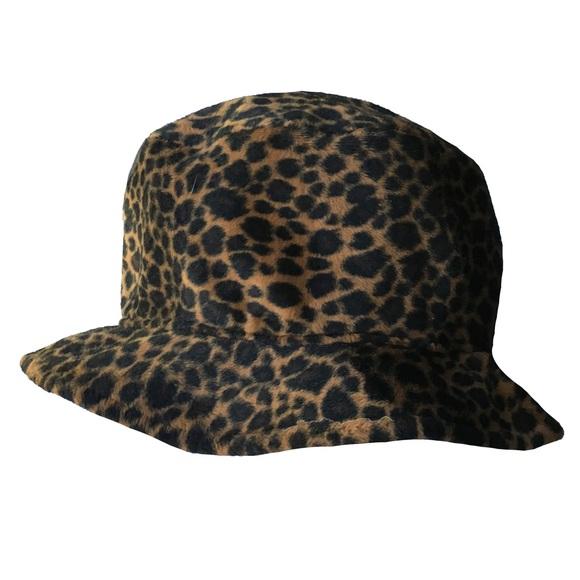 Accessories - HAT - Fuzzy Leopard Print Bucket Hat fdf2f079d06