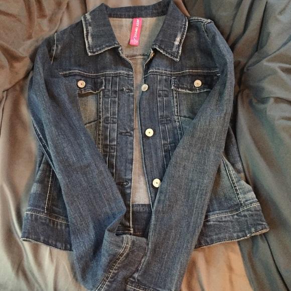 d51217d4e8d9cc Almost Famous Jackets   Blazers - Denim jacket