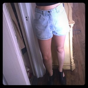 Light wash denim 90s shorts