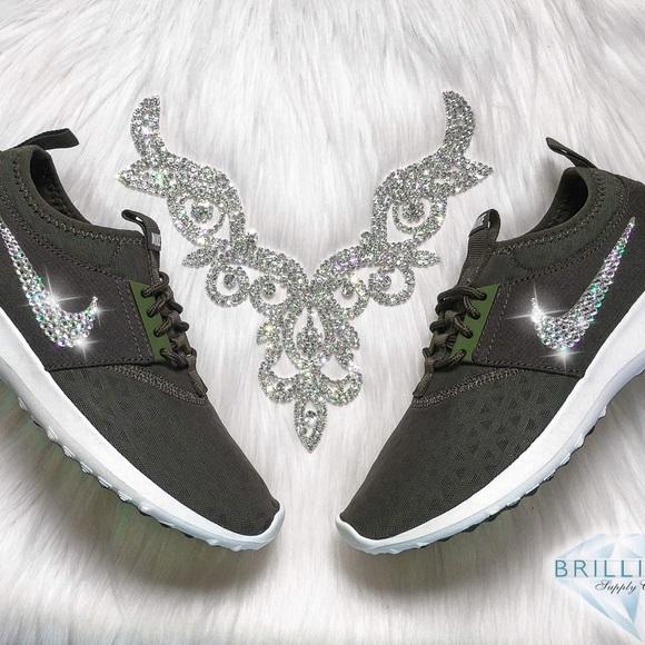 online retailer f0722 01476 Swarovski Nike Juvenate Shoes In Olive Green Bling