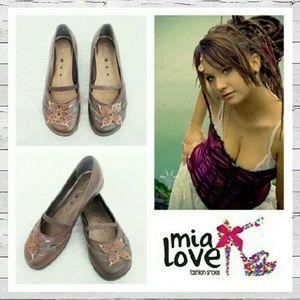 Mia Shoes - MIA Gypsy Mary Janes Sz 5
