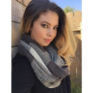 🍂Weekend Sale! Plaid Infinity Scarf - Grey