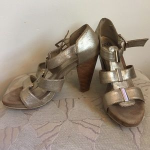 Sofft Gold Palaiseau Strappy Sandals, 8