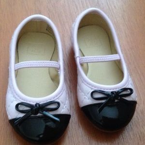 Janie and Jack Other - Janie and Jack shoes🎀