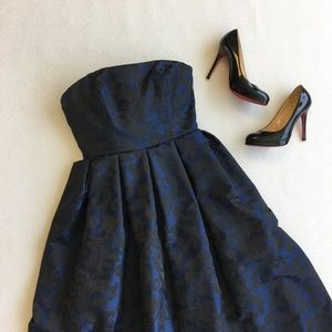 Monique Lhuillier Dresses & Skirts - ML Monique Lhuillier Strapless Jacquard Gown