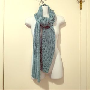 Gap Blue Chunky Cable Scarf