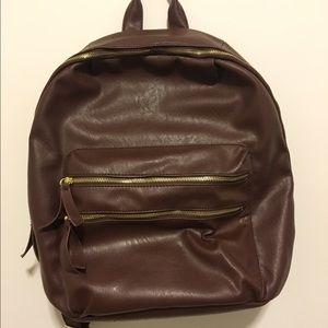 Steve Madden Handbags - Steve Madden leather backpack