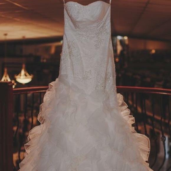 60 off galina signature dresses skirts galina for Galina signature wedding dresses