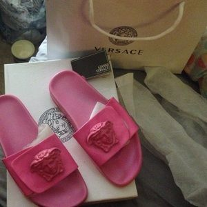 on sale 1b79c 40b9c Versace Shoes - Versace Medusa slides