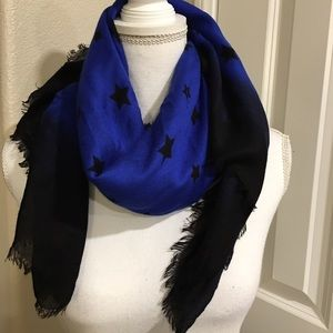 Accessories - Express scarf!