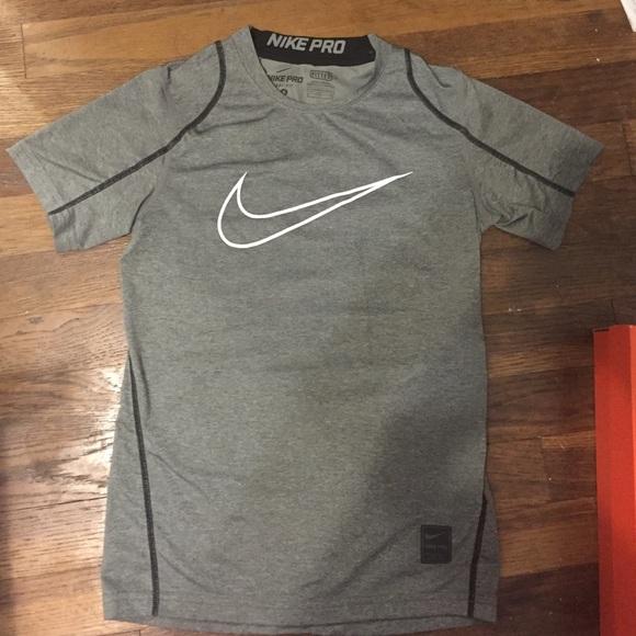 3114cf265 Boys Nike PRO Dri-Fit shirt. M_57dcfc17a88e7d73d800ba6d