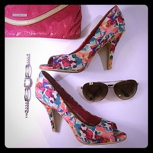 Christian Siriano Shoes - 🎉HP🎉 Christian Siriano | Watercolor Pumps