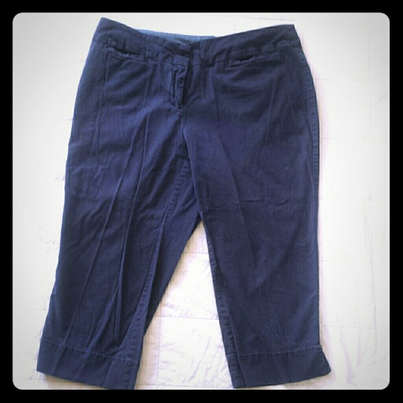 64% off Avenue Pants - Avenue Signature Chino Capri Pants Navy ...