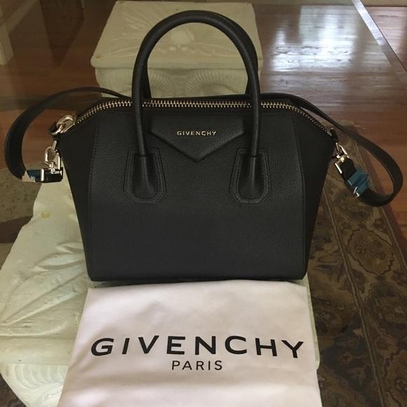 1d0b75452453 Small Givenchy antigona goat skin