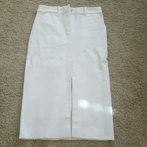 Bebe white skirt new with out tag
