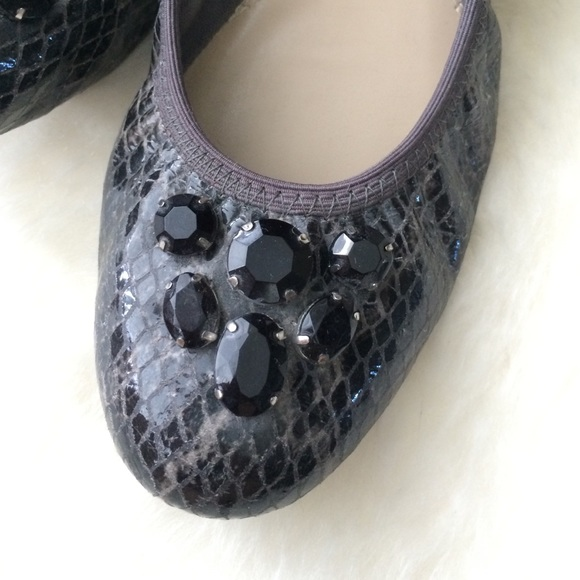 Ellen Tracy Shoes - Gray snakeskin embellished ballet flats
