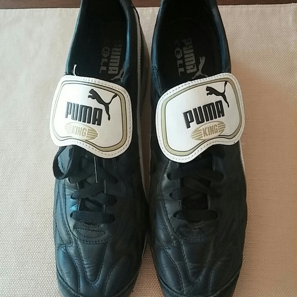1fbc89d52 Men's Puma King indoor soccer shoes. M_57dd75a4c28456482f00674b